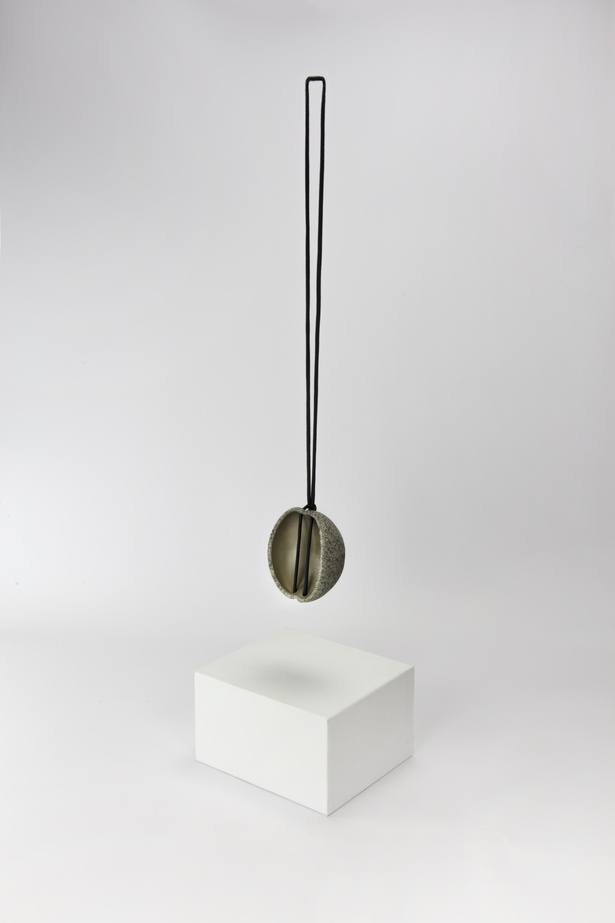Edu_Tarin_in_collaboration_with_Klein___Becker_GmbH___Co._Pendant._2015._Mold_G1._Granit__Silver._Stone_Cutting__CNC_Machining__electroforming._100x85x65_mm_160gr.__Photo_by_Edu_Tarin.jpg
